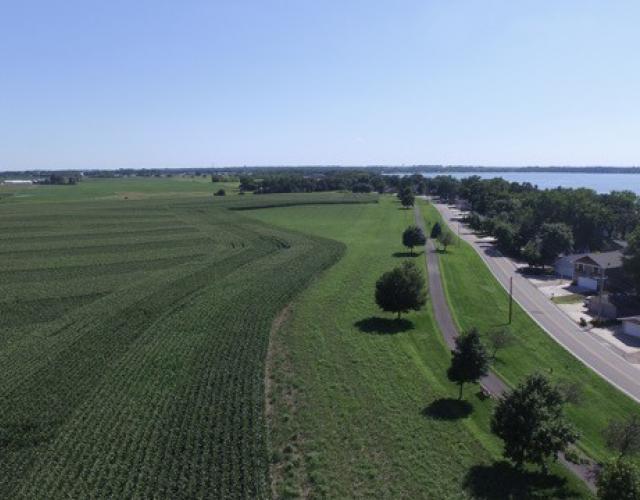 Hoien Farm with prairie strip next to Big Spirit Lake